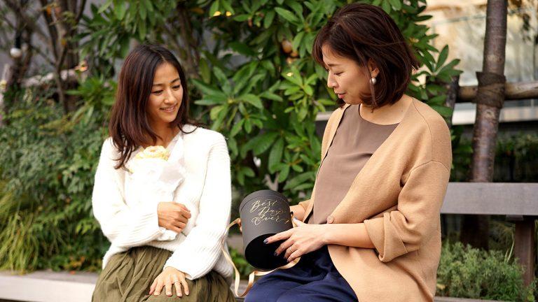 カリグラフィーアーティスト島野真希さん×「世界の花屋」前田有紀 対談が実現しました! 好きなことを仕事に!働くママの奮闘記!