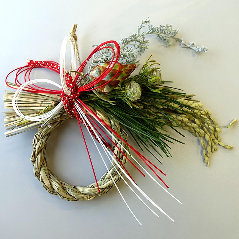 世界の草花のしめ縄飾り