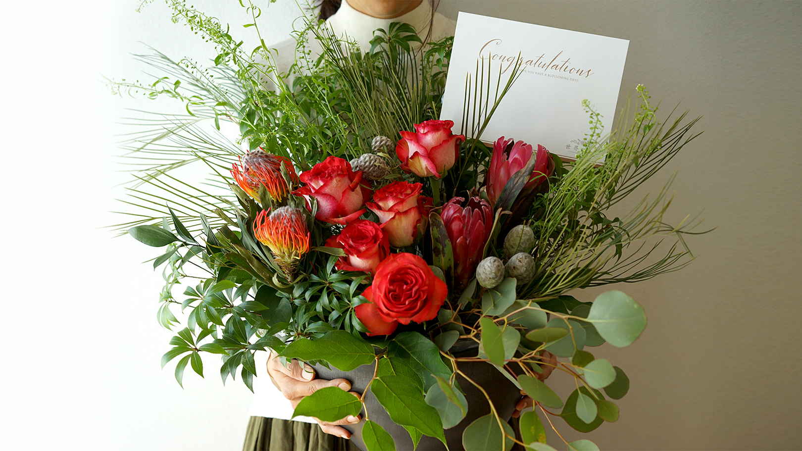 世界の農園の草花で作るお祝い花 レッド