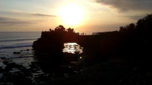 ビンタンバスケットが生まれたバリのトゥガナン島はこんなところ