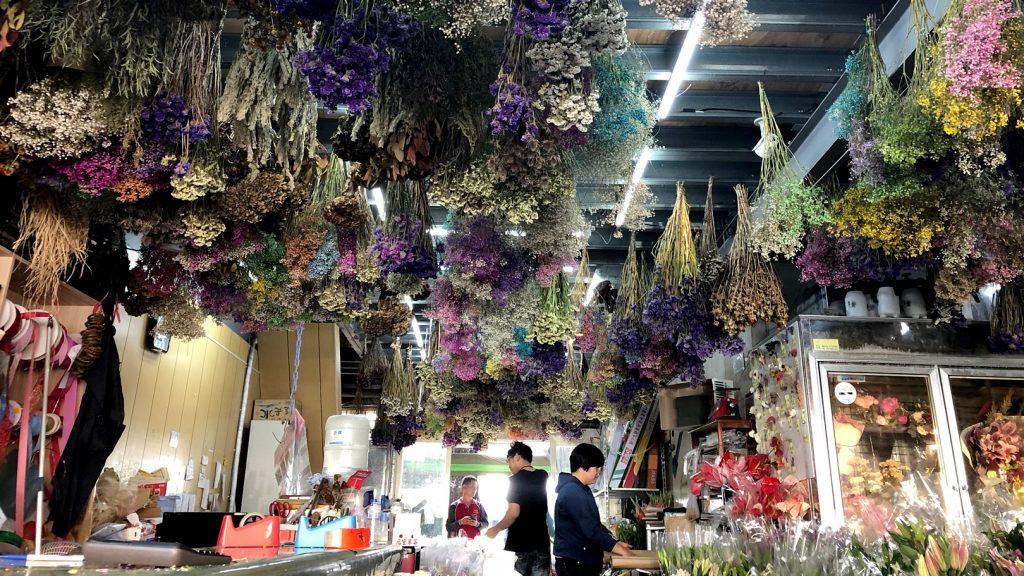 花の都のマーケットへ~台湾・台中~