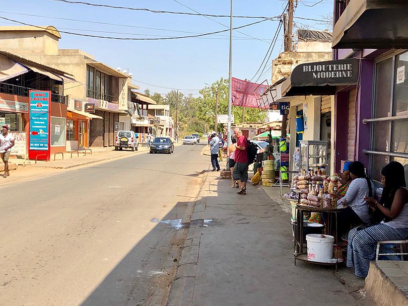 セネガル散歩~セネガル・サリー~