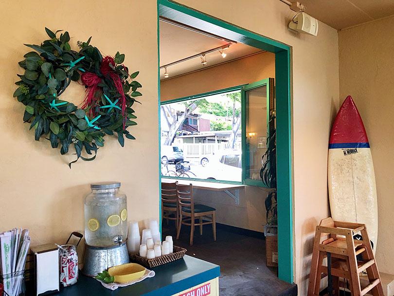 モンサラット通りで注目のカフェ~アメリカ・ハワイ~