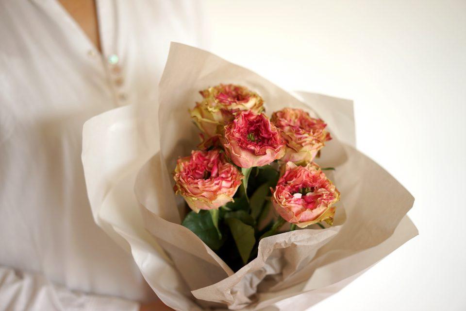 花屋がおすすめ。誕生日のお祝いに 花のプレゼント