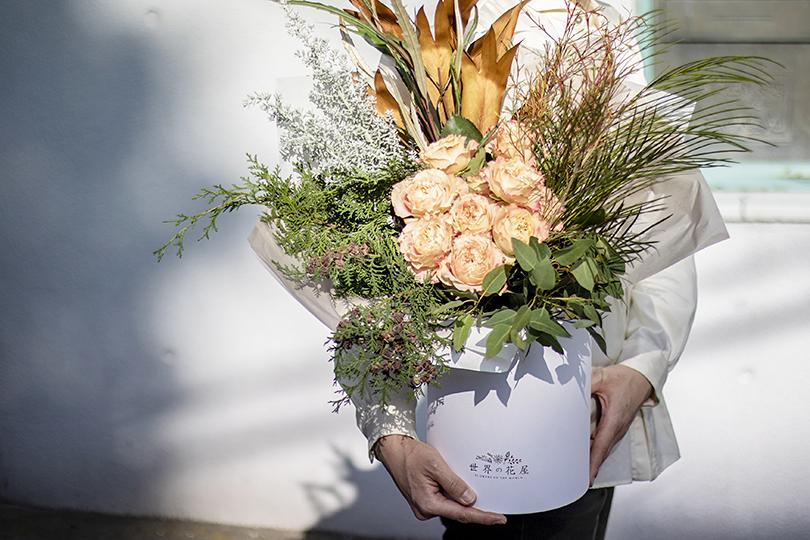 2月の誕生日プレゼントに喜ばれる、受け取った人の心に残る花束。