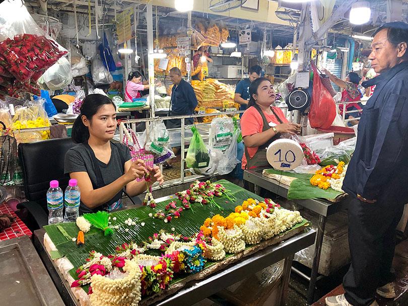 歴史ある花市場へ~タイ・バンコク~